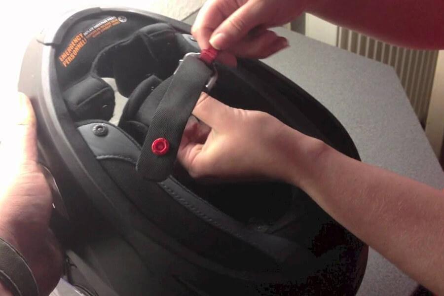 Welchen Helmverschluss solltest du wählen